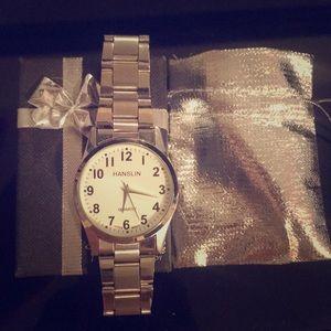 Silver Quartz Fashion Watch